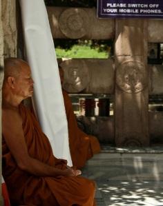 23.meditatingphones